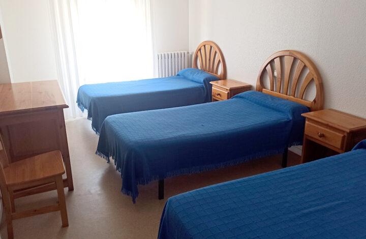 Triple con camas
